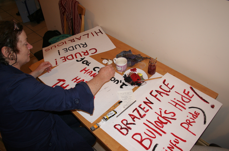 making protest plackards